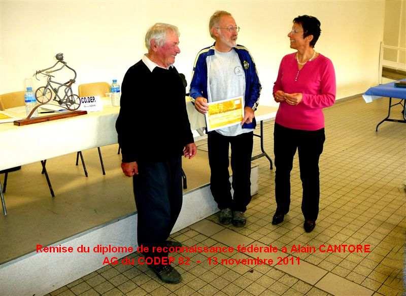 Remise du diplôme de reconnaissance à Alain CANTORE